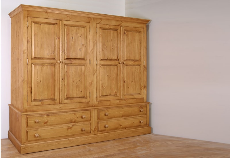Pine Wardrobes for Adding Natural Texture   to Homes