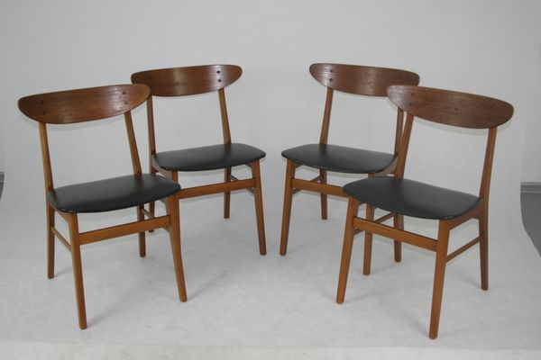 Vintage Dining Chairs from Farstrup, Set of 4 for sale at Pamono