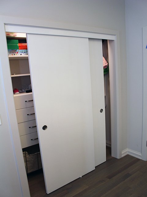 Lincoln Park Sliding Closet Doors - Chicagoland Storage Solutions
