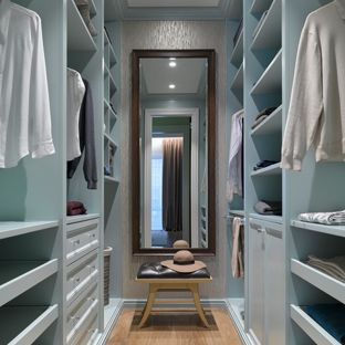Walk in Closet Advantages for Your Home
