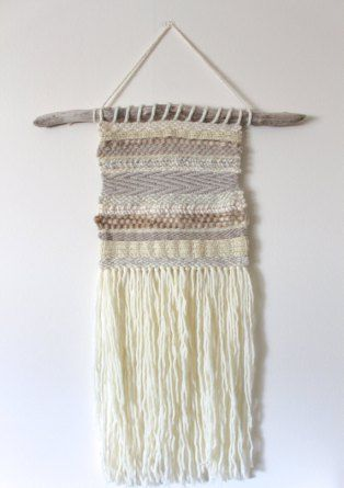 The Best tutorials for DIY woven WALL HANGINGS - diy woven wall