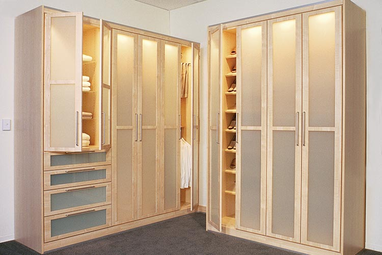 Closet Works Wardrobe Closets and Built Ins