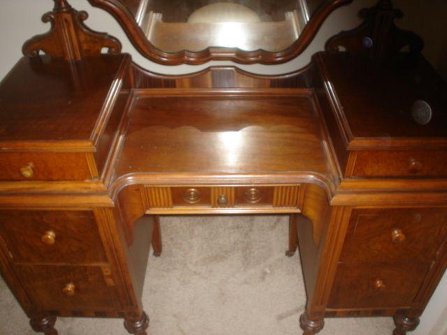 1920s bedroom furniture - Google Search | Furniture vanity .