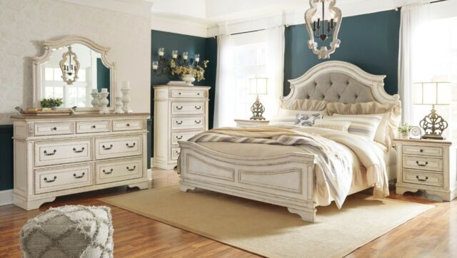 Ashley Furniture Realyn Queen 6 Piece Chipped White Bedroom Set .