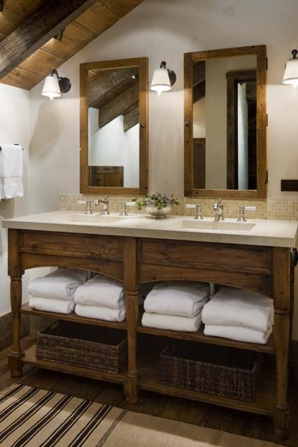 Love love love this rustic vanity in wood, with the white towels .