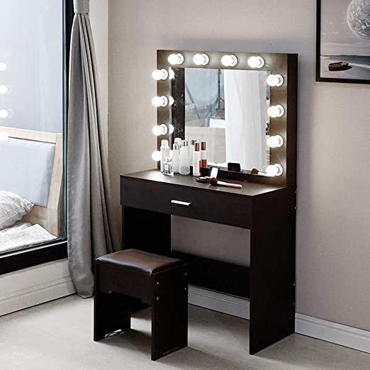 Amazon.com: Vanity Set with Lighted Mirror, Makeup Vanity Dressing .