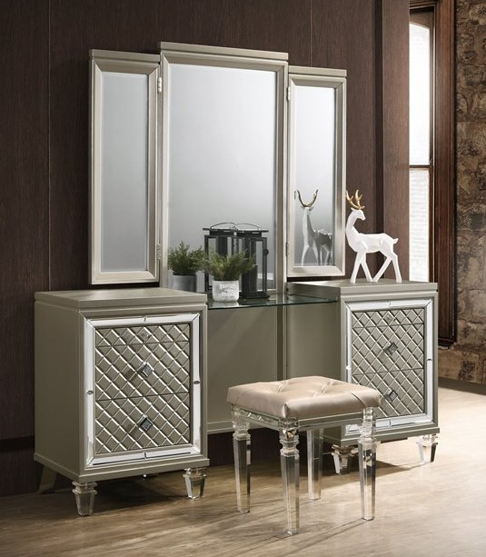 VEN-VN-3PC 3 pc venetian champagne finish wood make up bedroom .