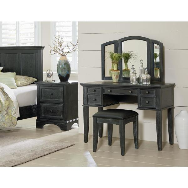 OSP Home Furnishings Farmhouse Basics Rustic Black Queen Bedroom .