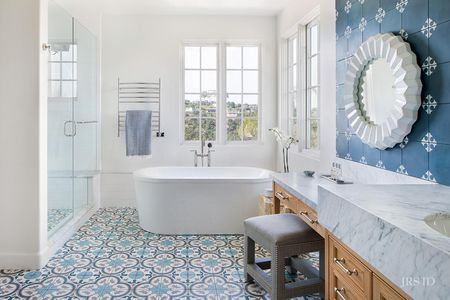 Beautiful Blue Bathrooms to Try at Ho
