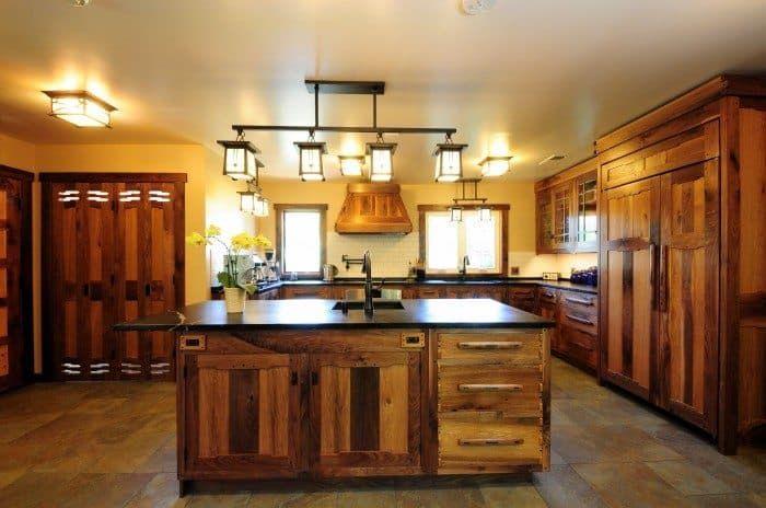 Amazing Kitchen Island Lighting Fixtures | Rustic kitchen design .