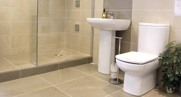How to choose bathroom tiles for a small bathroom? | by Jessie .