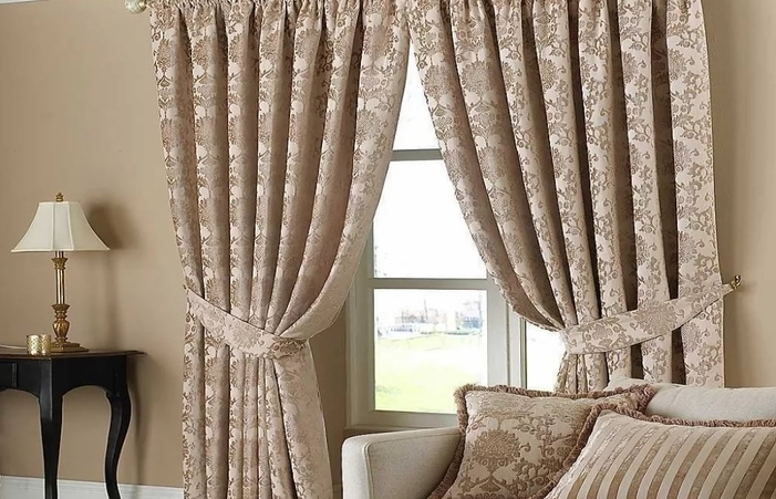 Elegant Living Room Curtains To Important Family Event Doherty .