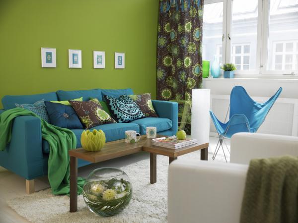 Feng Shui Tips for Choosing Colors for Your Living Room | LoveToKn