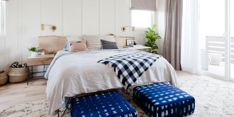 20 End Of Bed Design Ideas From Interior Designers - End Of Bed Ben
