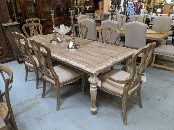 Hooker Furniture Dining Room Chatelet Rectangle Leg Dining Table .