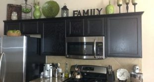 decorate+above+kitchen+cabinets | Home decor. Decorating above the .