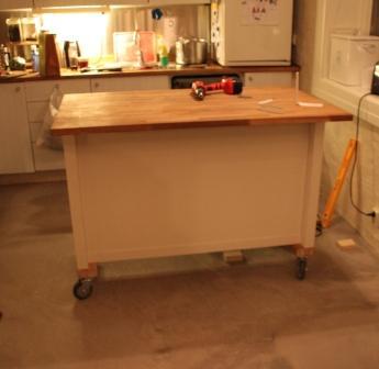 Kitchen island on wheels: Add casters to STENSTORP - IKEA Hacke