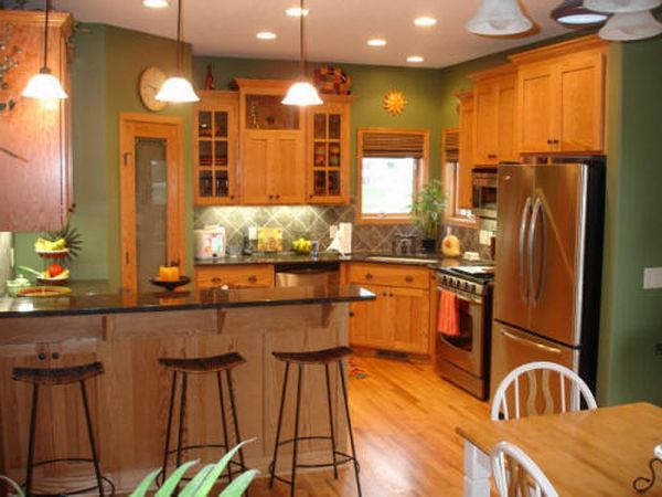 Kitchen Paint Colors with Oak Cabinets | Kitchen cabinets decor .