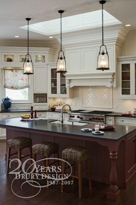 Elegant Lakeside Kitchen | Traditional kitchen design, Elegant .