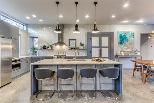 How Many Pendants Do You Hang Over a Kitchen Islan