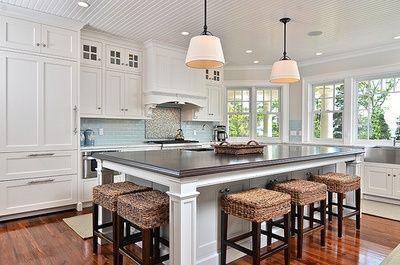 extra large kitchen islands | Found on fuckyeahhousesyeah.tumblr .