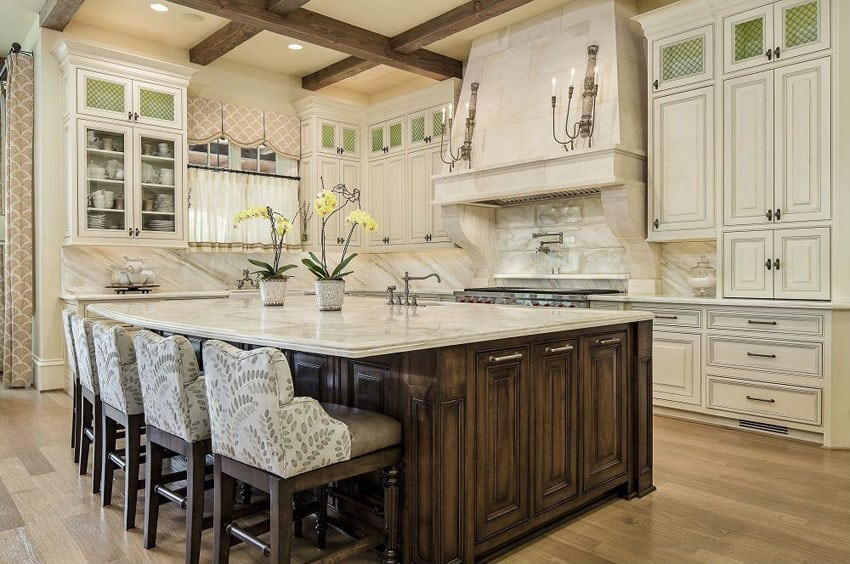 37 Large Kitchen Islands with Seating (Pictures) - Designing Id