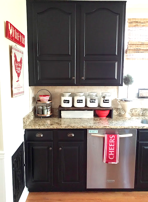 Painted kitchen cabinets with General Finishes Lamp Black Milk .