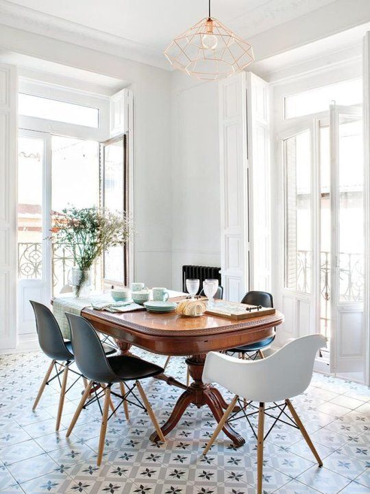 Look We Love: Traditional Table + Modern Chairs | Dining room .
