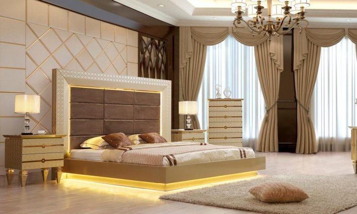 Traditional Bedroom Sets in Champagne, Chocolate, Silver by Homey .