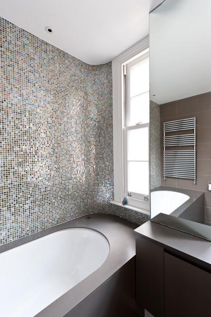 25 Charming Glass Mosaic Tiles Design Ideas For Adorable Bathro