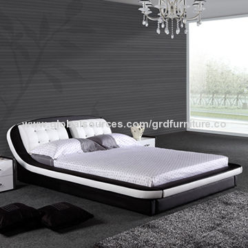 Modern bedroom sets, tufted nice crystals and super soft headrest .