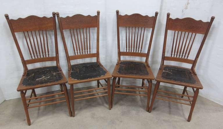 Albrecht Auctions | (4) Older Oak Dining Room Chai