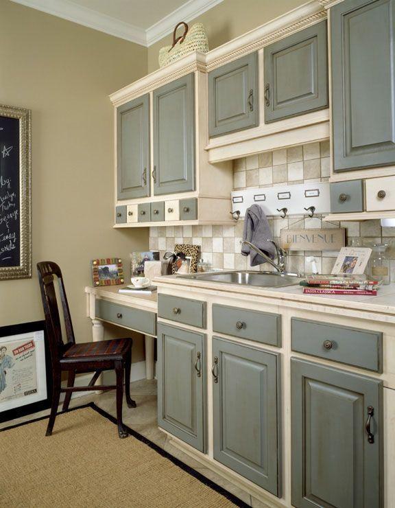 Scandalous Wall Talk | Kitchen cabinet colors, Grey kitchen .