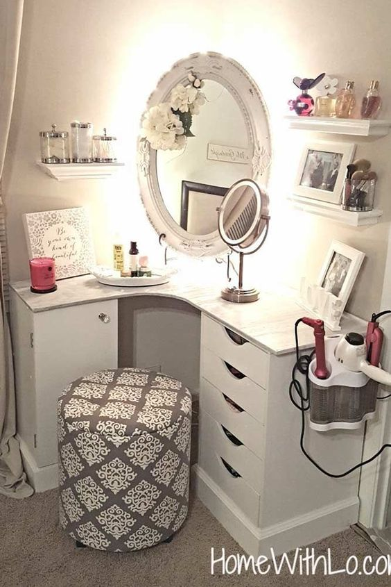 15 Super Cool Vanity Ideas For Small Bedrooms | Decor Home Ide