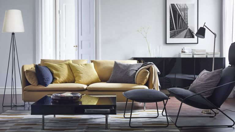 How to choose furniture for a small living room | Real Hom