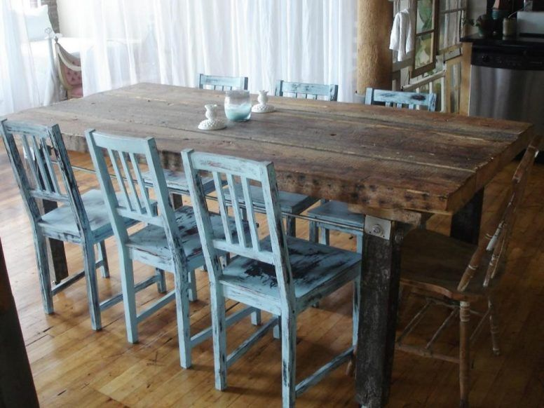 Dining Room, Rustic Kitchen Table Gray Fabric Chairs On Rug .