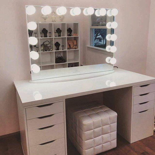 Bedroom Vanity With Mirr