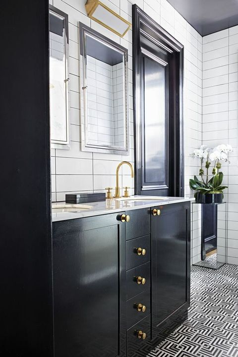 40+ Black & White Bathroom Design and Tile Ide