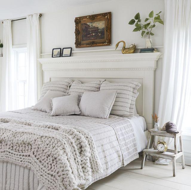 White Queen Bedroom Set Idea
