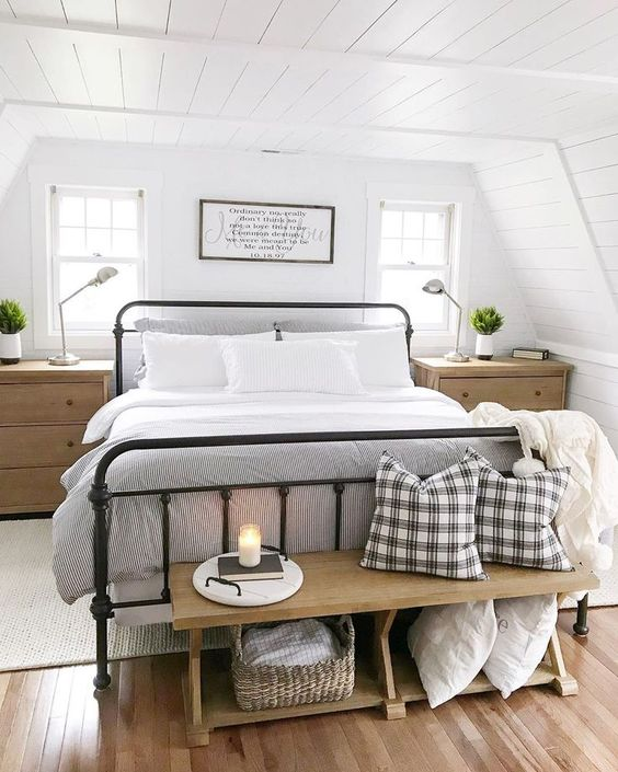 15 Chic And Comfy Bedroom Benches - Shelterne