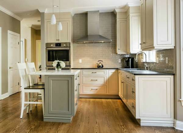 15 Small Kitchen Island Ideas That Inspire - Bob Vi