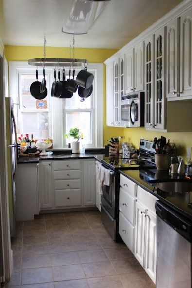 52+ ideas for kitchen ideas yellow walls cupboards | Yellow .