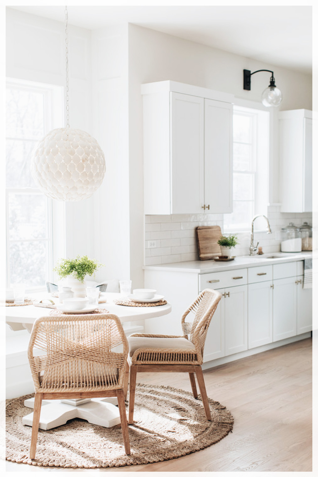 Combo Ideas with Kitchen and Dining Room   Tables