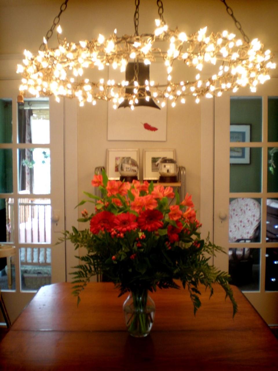 String Lights Living Room Ideas